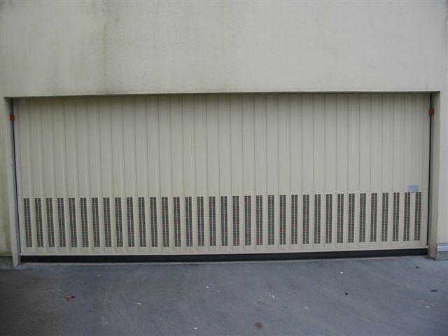 Toutes portes de garage sarl a d e s - Portes sectionnelles de garage ...